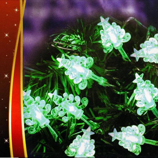 LED Lichterkette in Weihnachtsbaum-Form